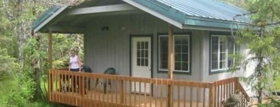 Cottonwood Lodge & Cabin Rentals